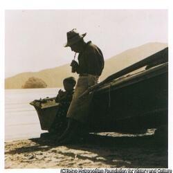 作品画像:漁村の子