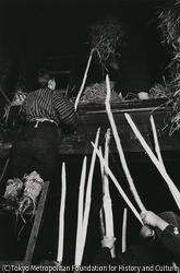 作品画像:焼草集め 焼草をもらう
