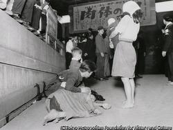 作品画像:上野地下道