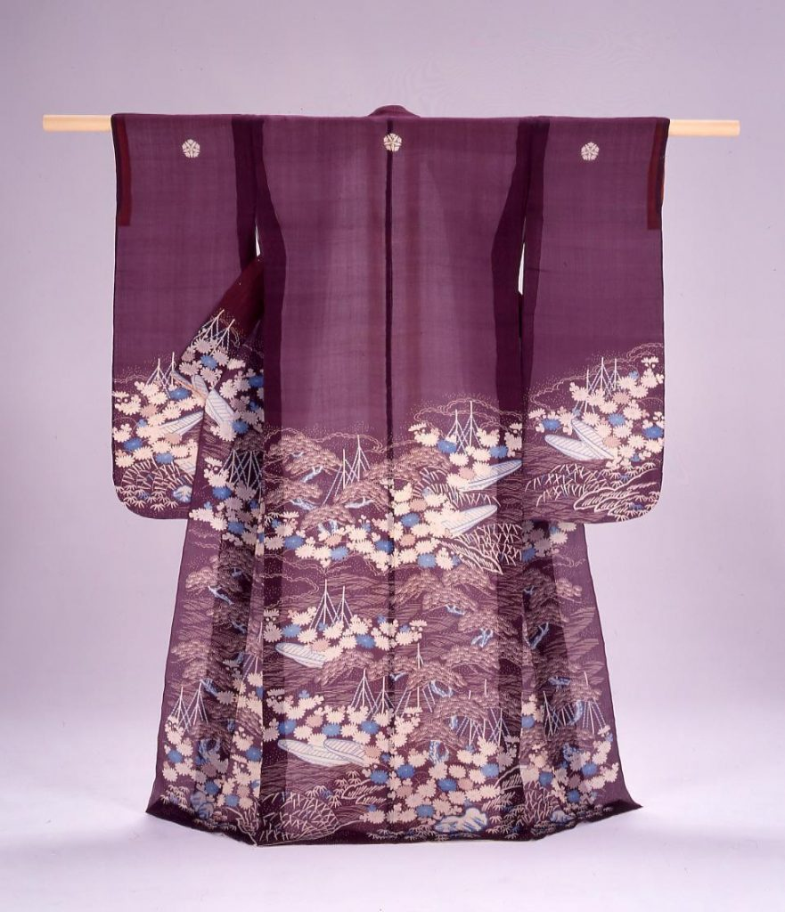作品画像:紫麻地浜松に菊舟模様染振袖帷子