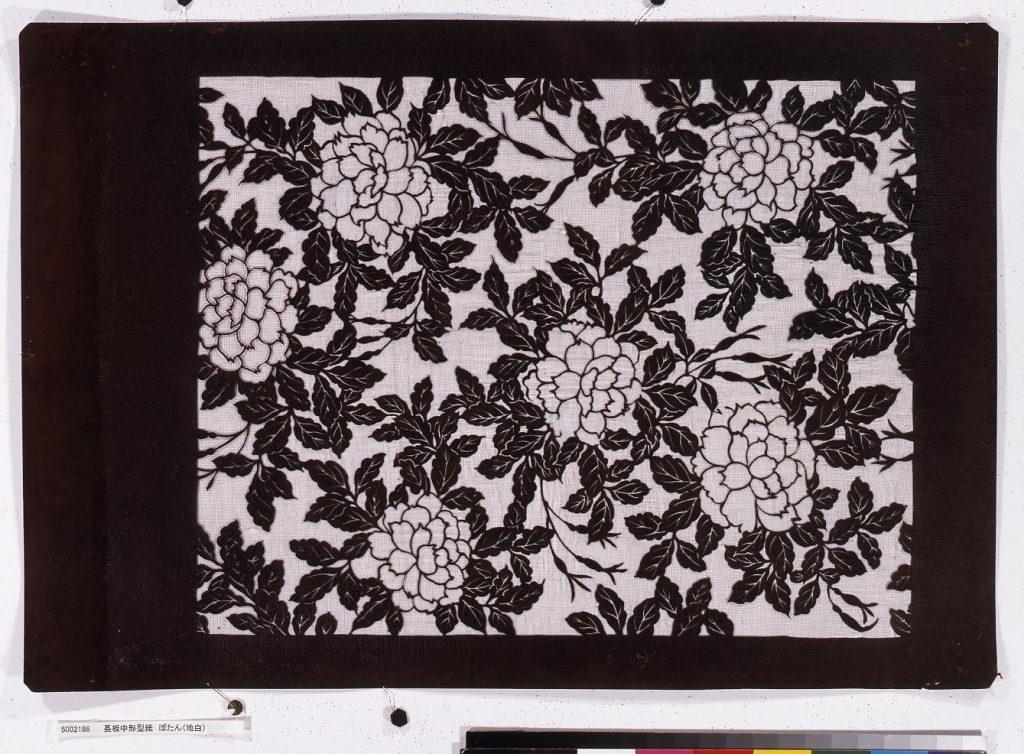 作品画像:長板中形型紙 ぼたん(地白)