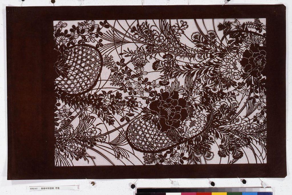 作品画像:長板中形型紙 花籠