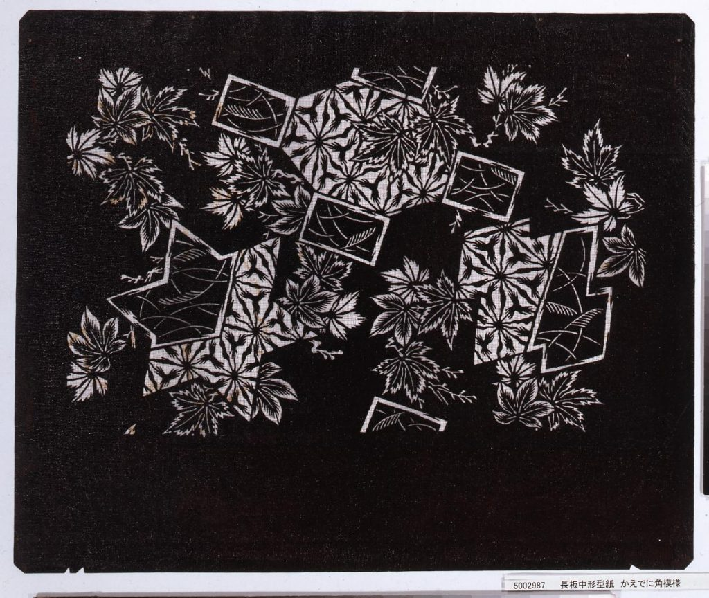作品画像:長板中形型紙 かえでに角模様