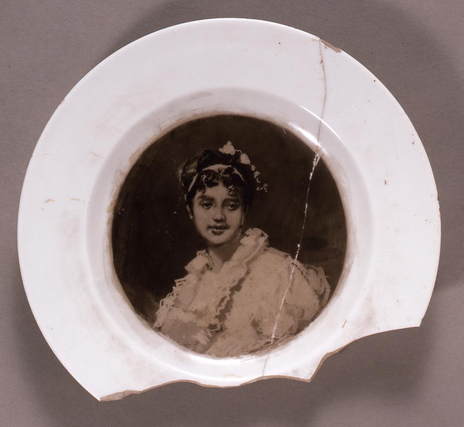 作品画像:洋皿 少女像