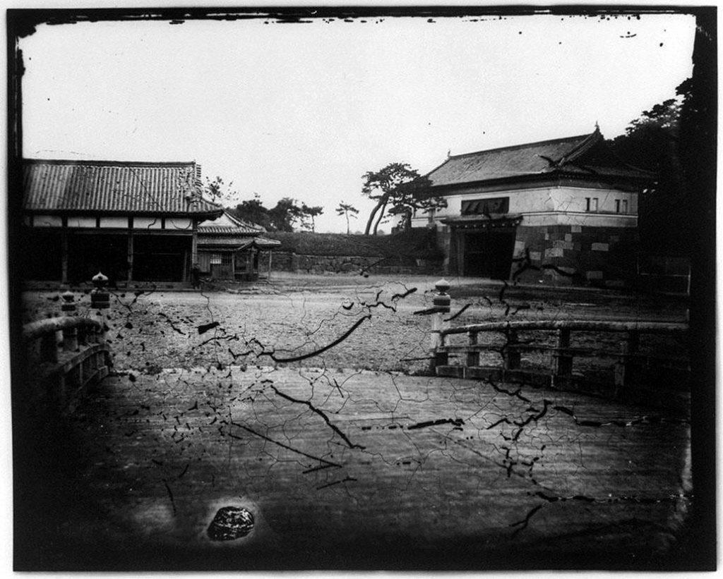 旧江戸城写真ガラス原板  一ッ橋門(内側)