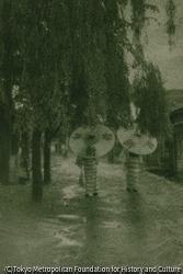 作品画像:雨の温泉場