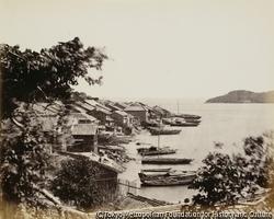 作品画像:メドゥーサ号とワイオミング号に発砲した亀山八幡宮の砲台
