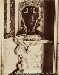 作品画像:サン・シュルピス教会の聖具室の洗手盤