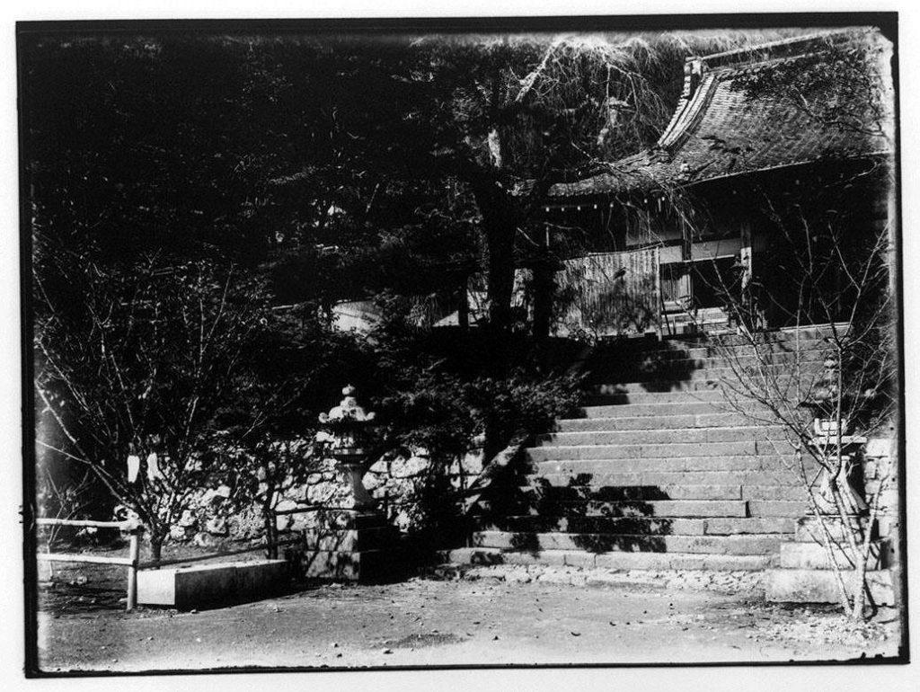 作品画像:山門へ至る階段
