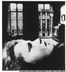 作品画像:若い女性の肖像、イートンプレイス