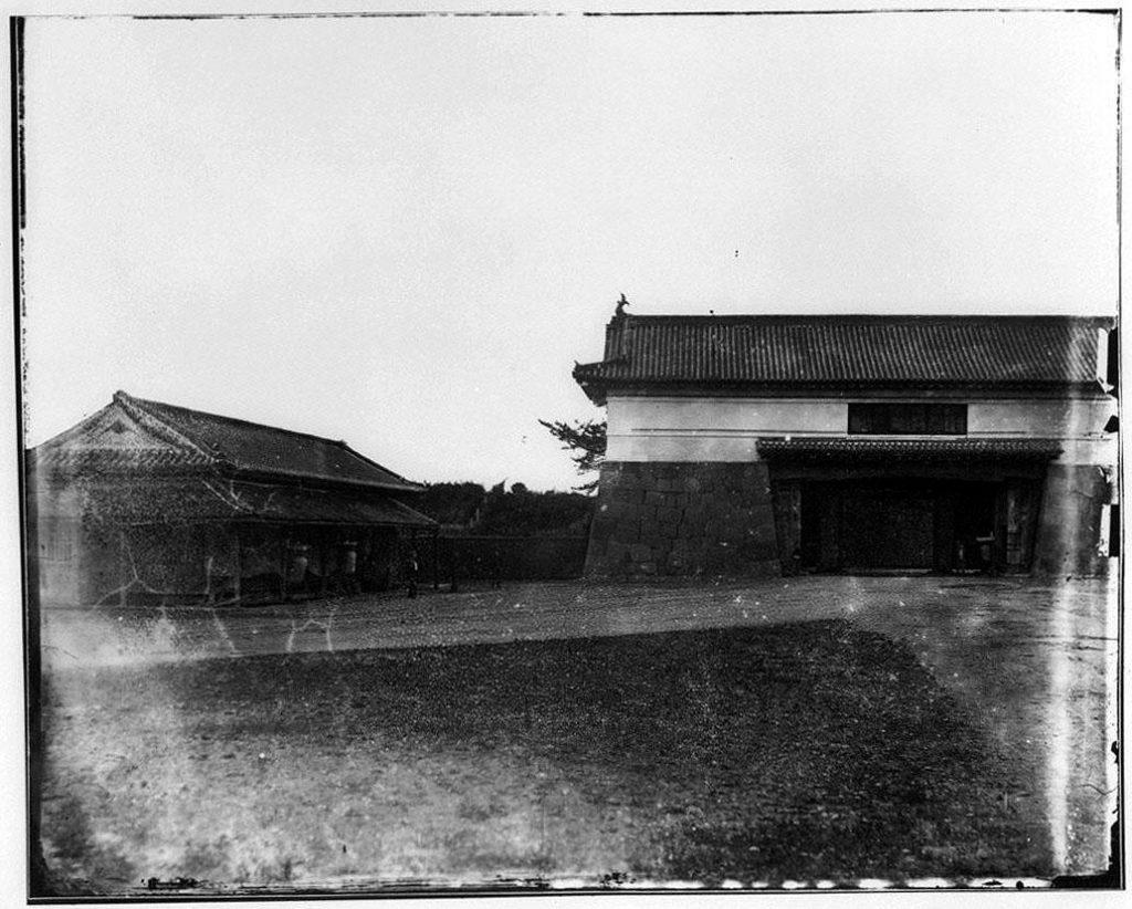作品画像:旧江戸城写真ガラス原板 和田蔵門