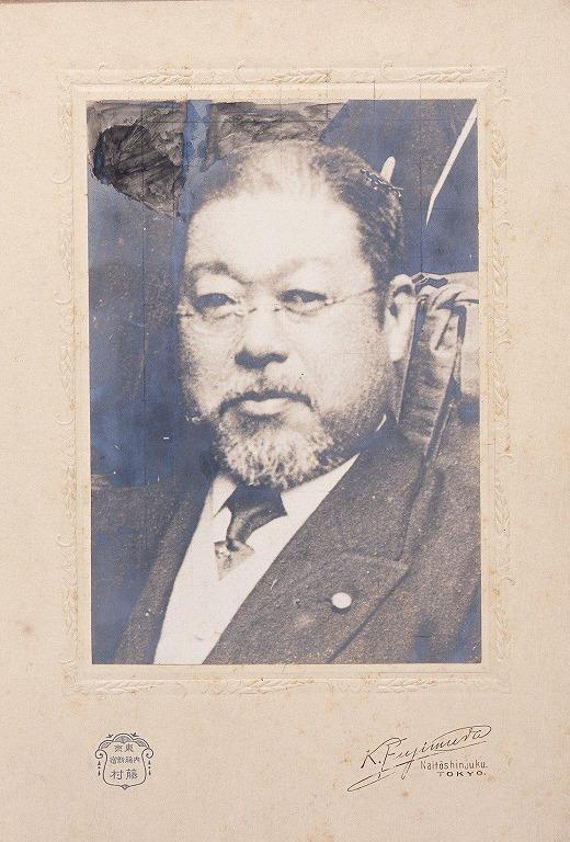 作品画像:和田垣謙三肖像(方眼線入り)