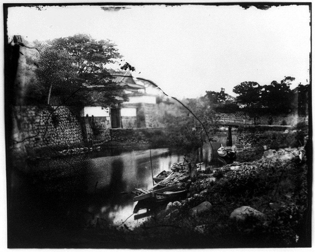 作品画像:旧江戸城写真ガラス原板  一ッ橋門(外側)