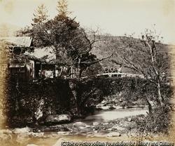 作品画像:東海道にかかる橋と茶屋