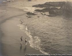 海辺 男2人