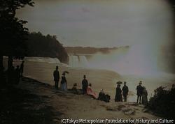 作品画像:展望台からのナイアガラ滝の眺め