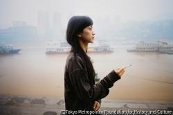作品画像:長江の河岸に佇むファー、重慶