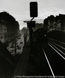 作品画像:ロシュシュアール大通り パリ