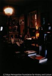 作品画像:ハーンの足跡を追ってのニューオリンズ取材。どんな国でも岡村はかならず古本屋をのぞいた