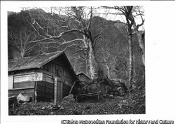 作品画像:秋の大澤小屋