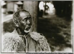 """作品画像:農夫鈴木甚蔵を写した写真には、お気に入りの""""芸術写真""""と添え書きがあった"""