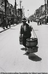 作品画像:東京 棒手振りの川魚売り