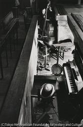 作品画像:東京浅草 花月劇場舞台下の音楽ボックス
