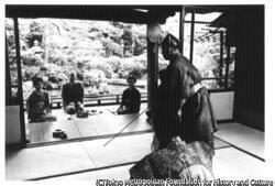 谷崎潤一郎『月と狂言師』上田邸で茂山千五郎の狂言「月見座頭」を観る谷崎夫妻