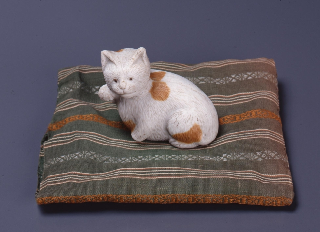 作品画像:猫(陶器)