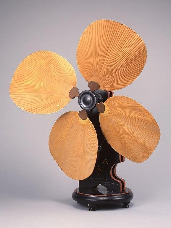 作品画像:手動式扇風機