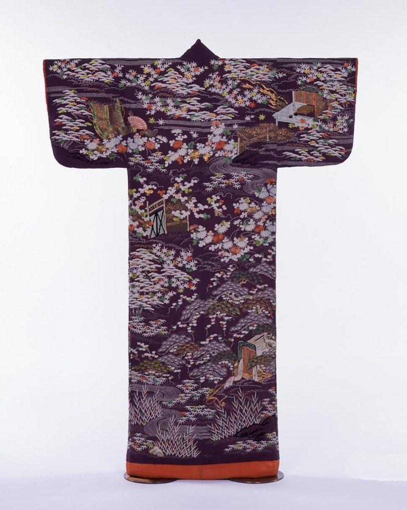作品画像:紫縮緬地御所解模様小袖