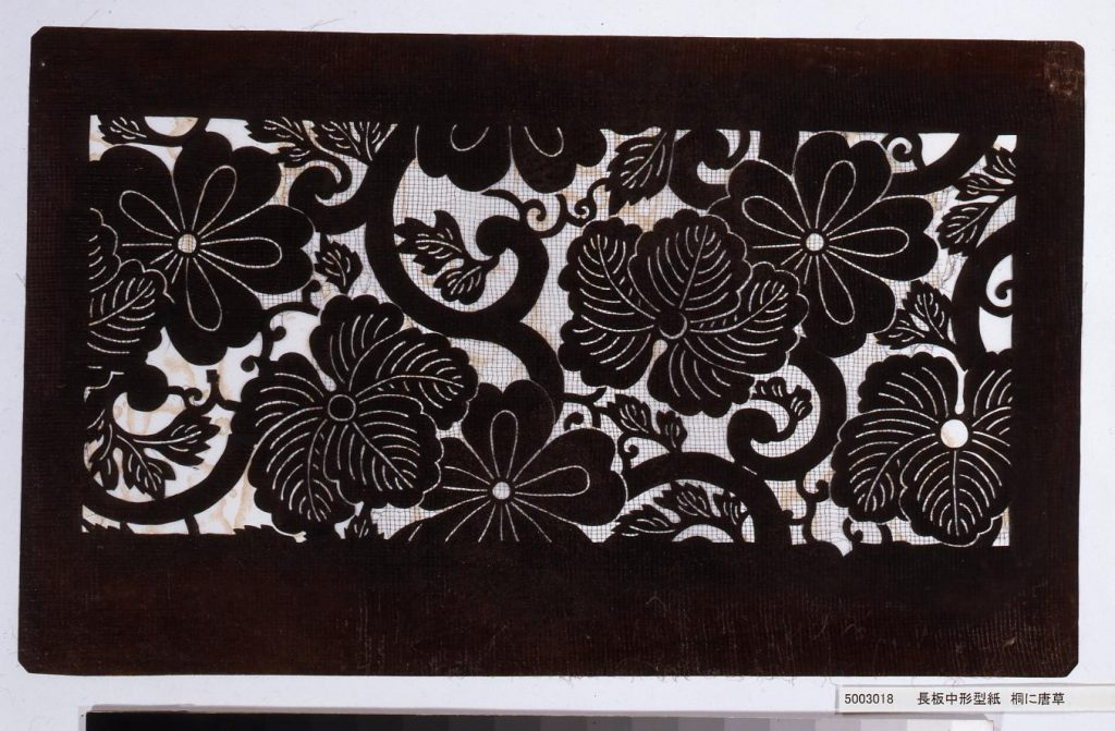 作品画像:長板中形型紙 柳につばめ