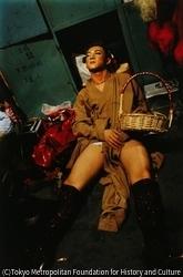 作品画像:楽屋で眠るワンジャー、北京