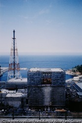 作品画像:小泉八雲の足跡を追って訪れた松江の島根原子力発電所(1974年に営業運転開始)