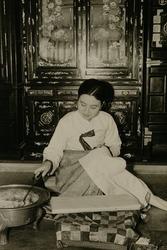 作品画像:朝鮮風俗、内房