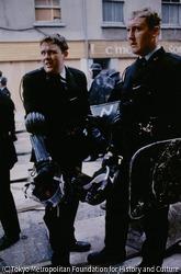 作品画像:「ボグサイドの戦い」での警察隊員(王立アルスター警察隊)たち