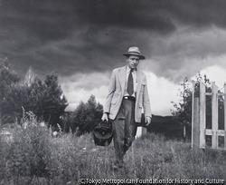遠くの村へ往診に向かうセリアーニ医師 コロラド州クレムリング 1948年