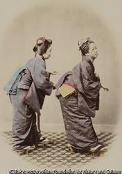 作品画像:(踊る二人の女性)