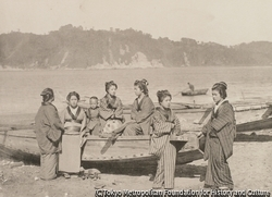 作品画像:漁師の娘たち