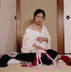 作品画像:着物をはだけるT、京都