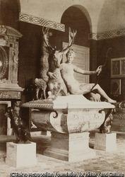 作品画像:ルーブル博物館、ジャン・グージョンによるダイアナの彫像