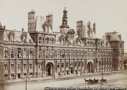 作品画像:パリ市庁舎、パリ・コミューンの前