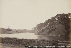 作品画像:江戸城の内堀