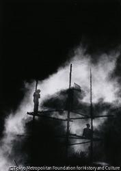 作品画像:不意打ちの鉄塔撤去に農民は呆然とし怒る、翌日同じ場所にヤグラを建てての抗議