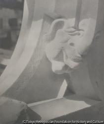 作品画像:マスク、聖ヴィート大聖堂の新しい部分の装飾細部