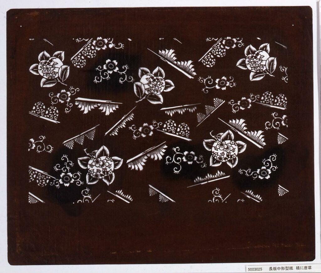 作品画像:長板中形型紙 橘に唐草