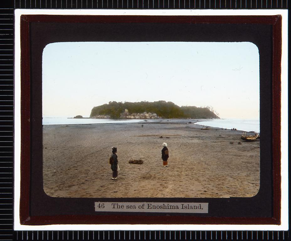 作品画像:江ノ島(幻燈原板)