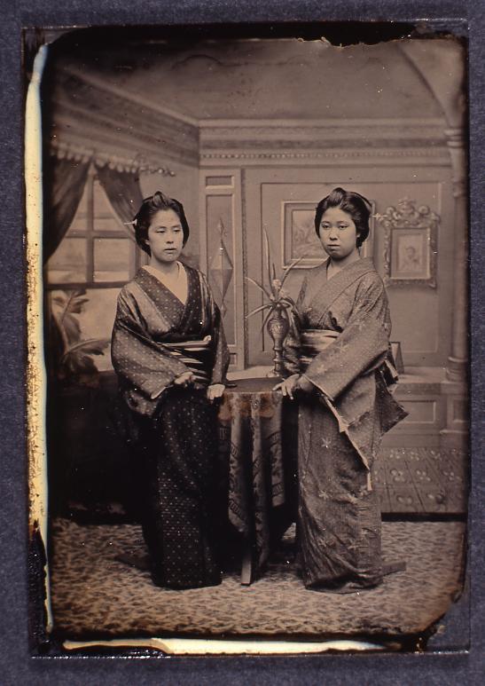 作品画像:女性2人像