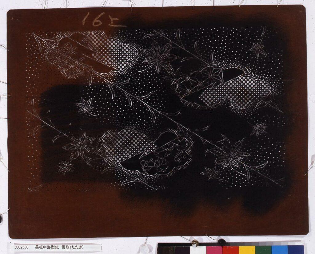 作品画像:長板中形型紙 雲取(たたき)