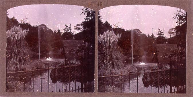 作品画像:池の噴水(No.48)